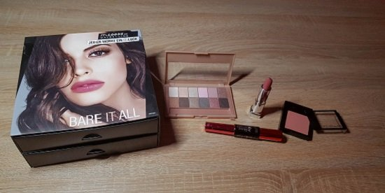 Maybelline New York Bare It All Beauty Box mit vier verschiedenen Beauty Produkten