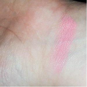 Swatch Freedom Lipstick Pro Pink