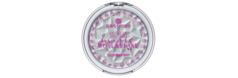 essence LE step into magic wonderland highlighter