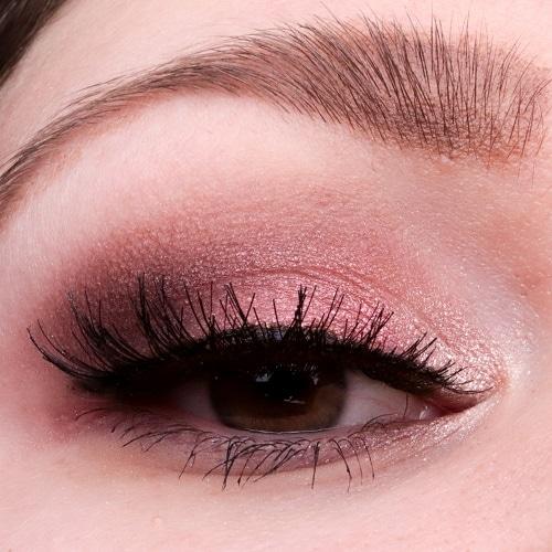 Augenmakeup Look mit der Next-Gen Palette von Catrice
