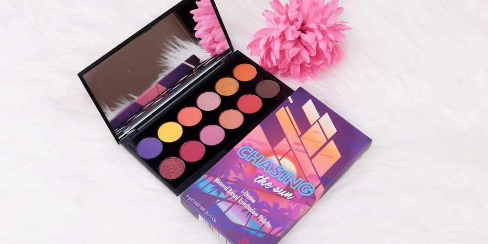Chasing The Sun iDivine Palette Sleek MakeUP