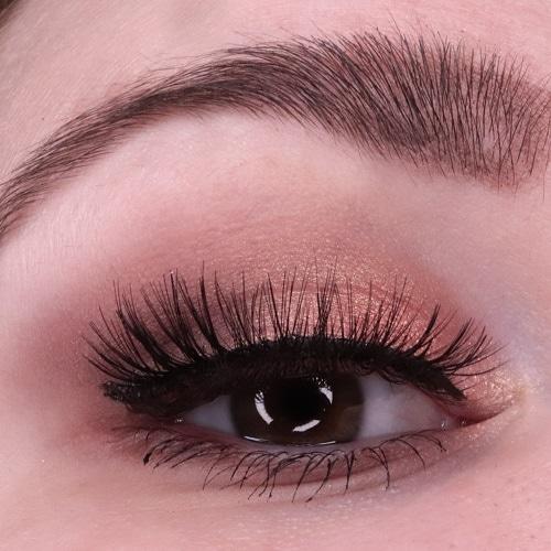Catrice Pro Peach Origin Slim Eyeshadow Palette Look