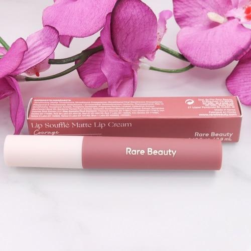Lip Soufflé Matte Lip Cream von Rare Beauty